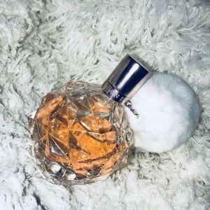 ARI by Ariana Grande Eau de Parfum